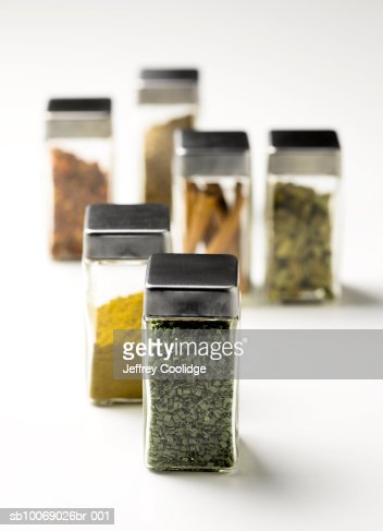 Jars of spices, studio shot : Foto de stock