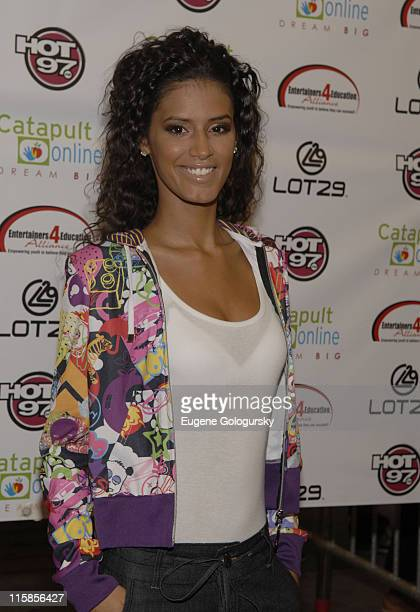 Jaslene Gonzalez arrives at the 2nd Annual Entertainers 4 Education Alliance 'Stay In School' event October 17 2007 in New York City