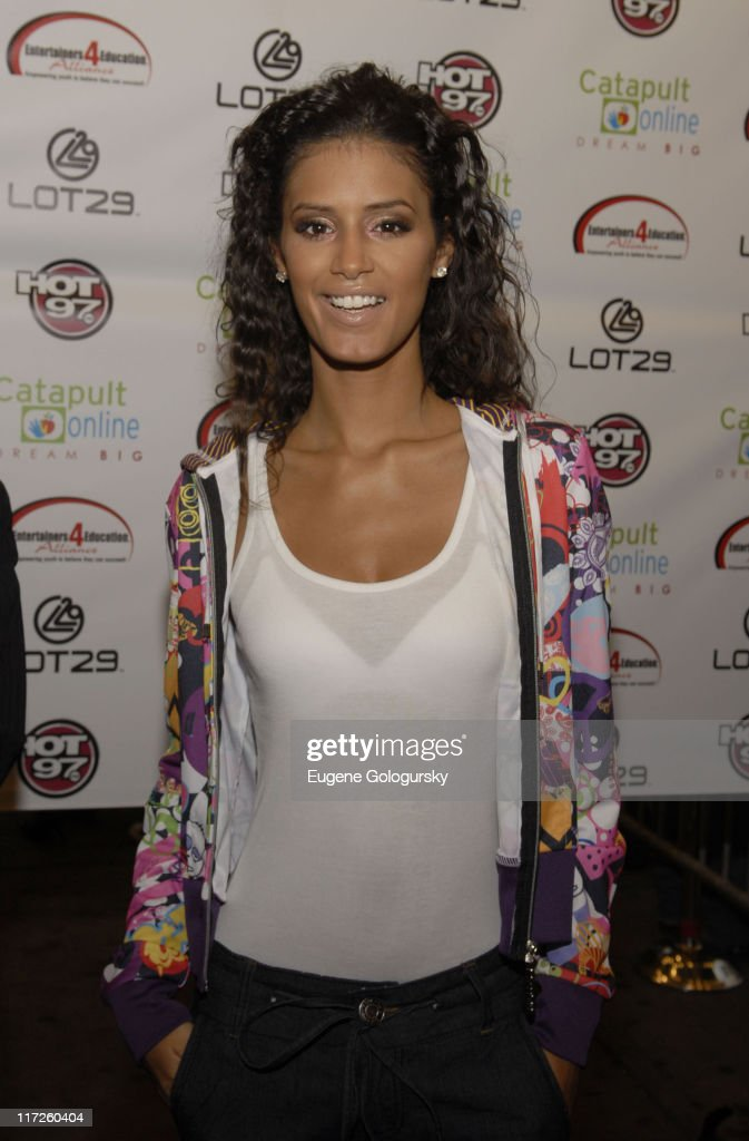 Jaslene Gonzalez arrives at the 2nd Annual Entertainers 4 Education Alliance Stay In School event October 17, 2007 in New York City.