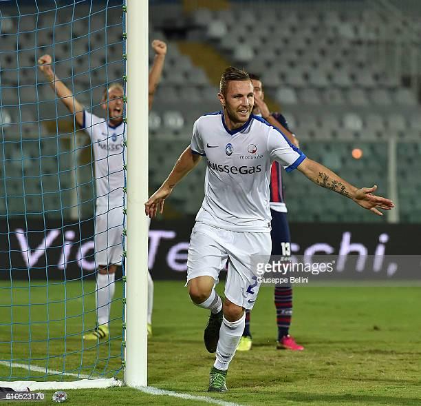 Jasmin Kurtic of Atalanta BC celebrates after scoring the goal 02 during the Serie A match between FC Crotone and Atalanta BC at Adriatico Stadium on...