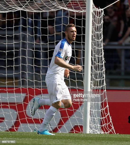 Jasmin Kurtic of Atalanta BC celebrates after scoring the opening goal during the Serie A match between AS Roma and Atalanta BC at Stadio Olimpico on...