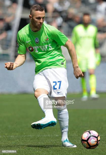 Jasmin Kurtic of Atalanta BC in action during the Serie A match between Udinese Calcio and Atalanta BC at Stadio Friuli on May 7 2017 in Udine Italy