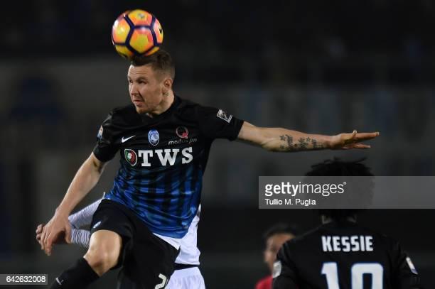 Jasmin Kurtic of Atalanta in action during the Serie A match between Atalanta BC and FC Crotone at Stadio Atleti Azzurri d'Italia on February 18 2017...