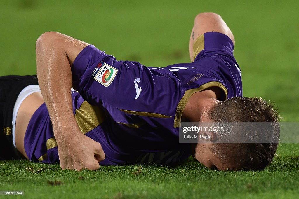 <a gi-track='captionPersonalityLinkClicked' href=/galleries/search?phrase=Jasmin+Kurtic&family=editorial&specificpeople=7418994 ng-click='$event.stopPropagation()'>Jasmin Kurtic</a> of Fiorentina in action during the Serie A match between ACF Fiorentina and FC Internazionale Milano at Stadio Artemio Franchi on October 5, 2014 in Florence, Italy.