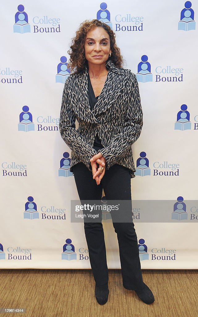 <a gi-track='captionPersonalityLinkClicked' href=/galleries/search?phrase=Jasmine+Guy&family=editorial&specificpeople=217343 ng-click='$event.stopPropagation()'>Jasmine Guy</a> attends the College Bound 20th Anniversary Celebration at the Hyatt Regency on Capital Hill on October 18, 2011 in Washington, DC.