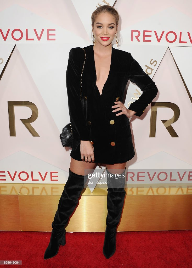 Jasmine Sanders arrives at #REVOLVEawards at DREAM Hollywood on November 2, 2017 in Hollywood, California.