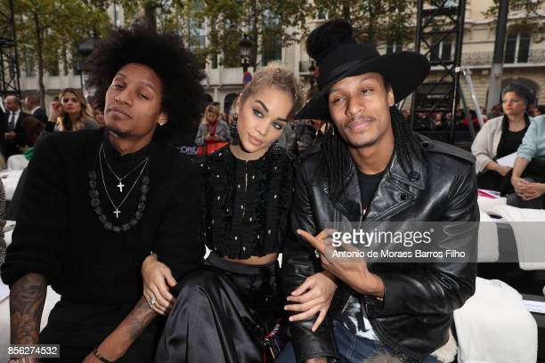 Jasmine Sanders Laurent Bourgeois and Larry Bourgeois attend Le Defile L'Oreal Paris show as part of the Paris Fashion Week Womenswear Spring/Summer...