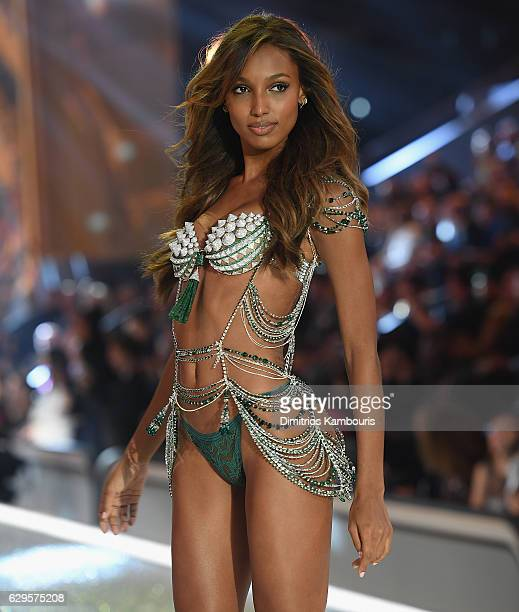 Jasmine Tookes walks the runway during the 2016 Victoria's Secret Fashion Show on November 30 2016 in Paris France