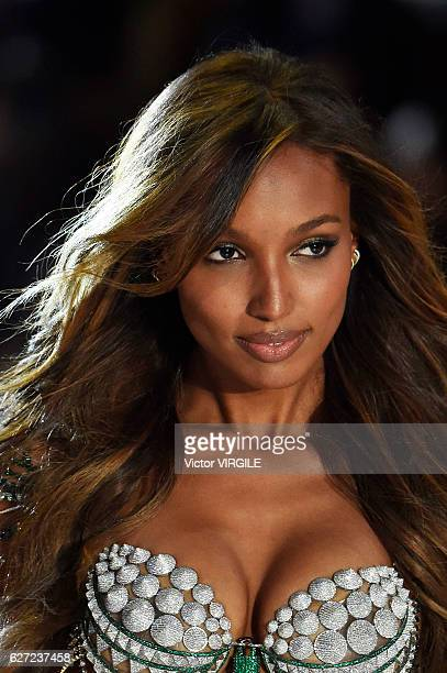 Jasmine Tooks walks the runway during the 2016 Victoria's Secret Fashion Show on November 30 2016 in Paris France