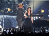 Jason Aldean and Kelly Clarkson perform onstage at the 54th Annual GRAMMY Awards held at Staples Center on February 12 2012 in Los Angeles California