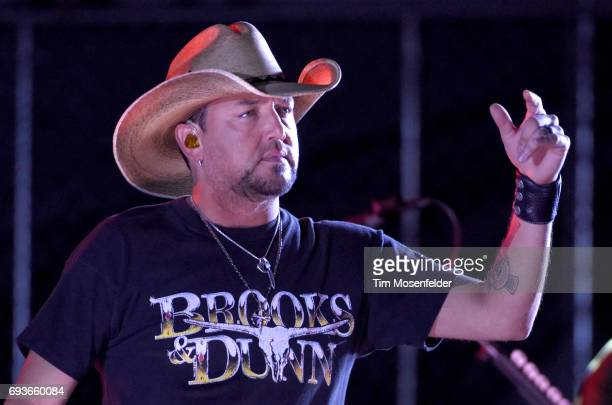 Jason Aldean performs a suprise set after the 2017 CMT Music awards at the Music City Center on June 7 2017 in Nashville Tennessee