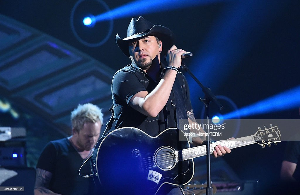 <a gi-track='captionPersonalityLinkClicked' href=/galleries/search?phrase=Jason+Aldean&family=editorial&specificpeople=619221 ng-click='$event.stopPropagation()'>Jason Aldean</a> performs at the 2014 American Country Countdown Awards at Music City Center on December 15, 2014 in Nashville, Tennessee.