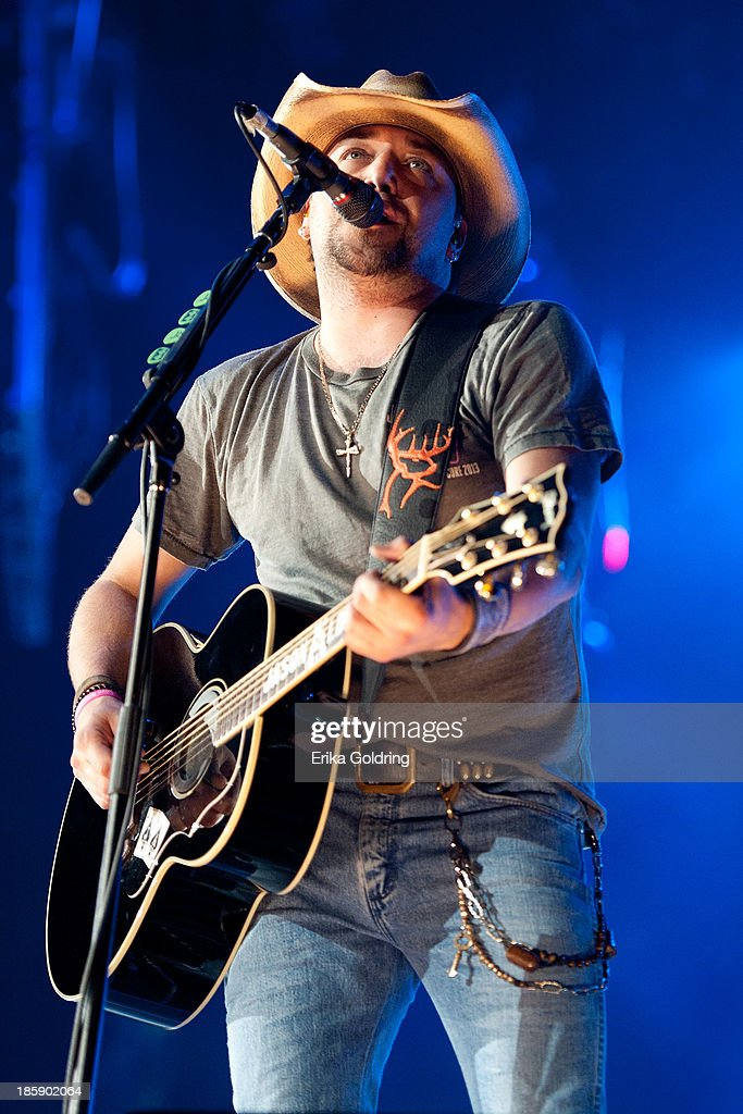<a gi-track='captionPersonalityLinkClicked' href=/galleries/search?phrase=Jason+Aldean&family=editorial&specificpeople=619221 ng-click='$event.stopPropagation()'>Jason Aldean</a> performs during the 8th annual Susan G. Komen Concert for the Cure at New Orleans Arena on October 25, 2013 in New Orleans, Louisiana.