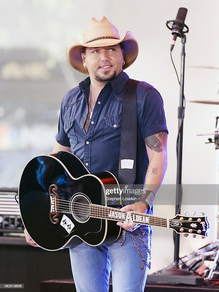 Jason Aldean performs on NBC's 'Today' at Rockefeller Plaza on July 31, 2015 in New York City.