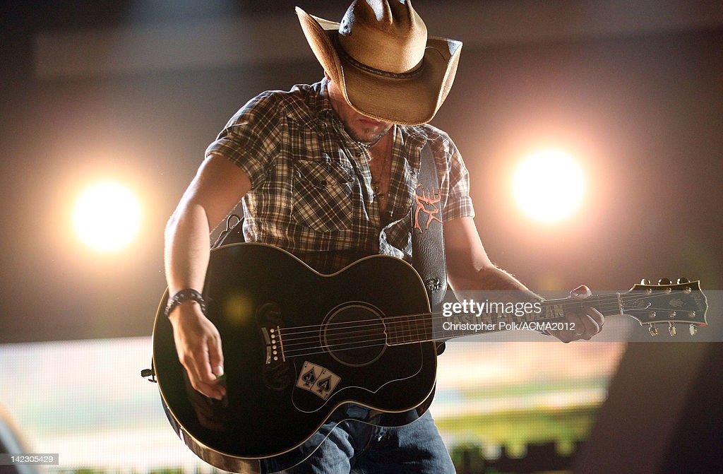 Jason Aldean performs onstage at the 47th Annual Academy Of Country Music Awards held at the MGM Grand Garden Arena on April 1, 2012 in Las Vegas, Nevada.