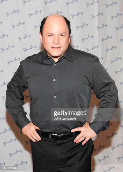 Jason Alexander attends a press conference to unveil Jason Alexander's 30 pound weight loss with Jenny Craig at The Pierre Hotel on May 17 2010 in...