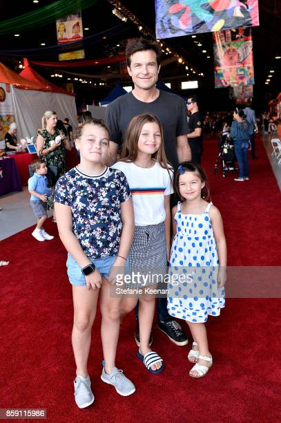 Jason Bateman and children at PS ARTS' Express Yourself 2017 at Barker Hangar on October 8 2017 in Santa Monica California
