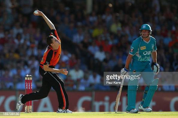 Jason Behrendorff of the Scorchers bowls during the Big Bash League final match between the Perth Scorchers and the Brisbane Heat at the WACA on...