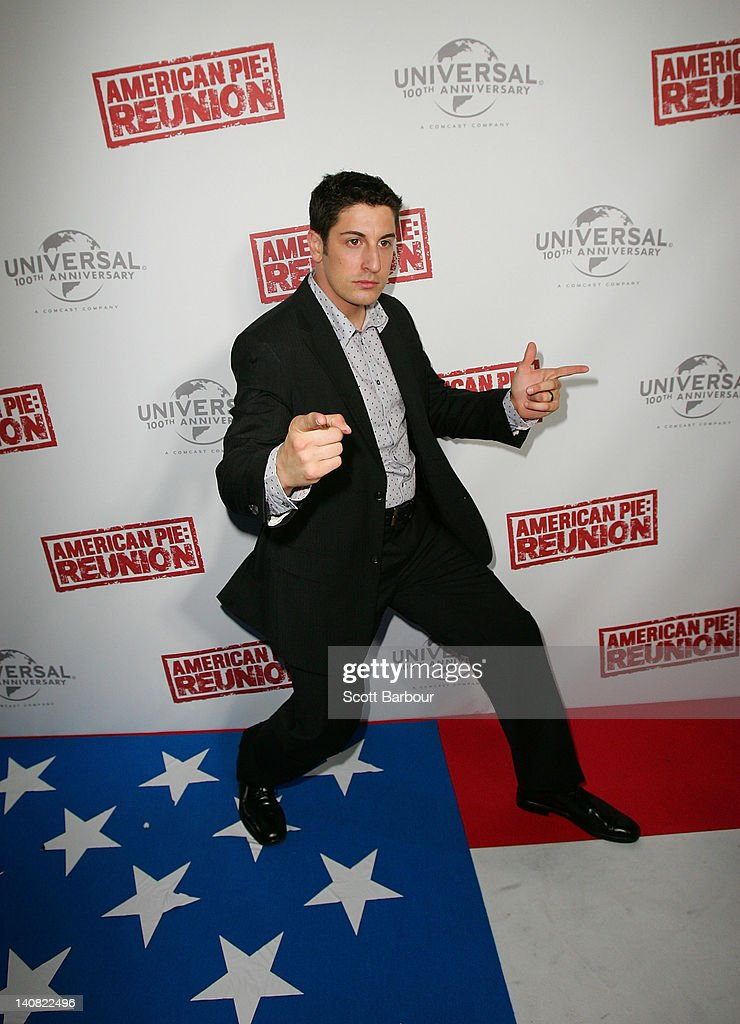 <a gi-track='captionPersonalityLinkClicked' href=/galleries/search?phrase=Jason+Biggs+-+Actor&family=editorial&specificpeople=210701 ng-click='$event.stopPropagation()'>Jason Biggs</a> poses as he arrives at the Australian premiere of 'American Pie: Reunion' on March 7, 2012 in Melbourne, Australia.