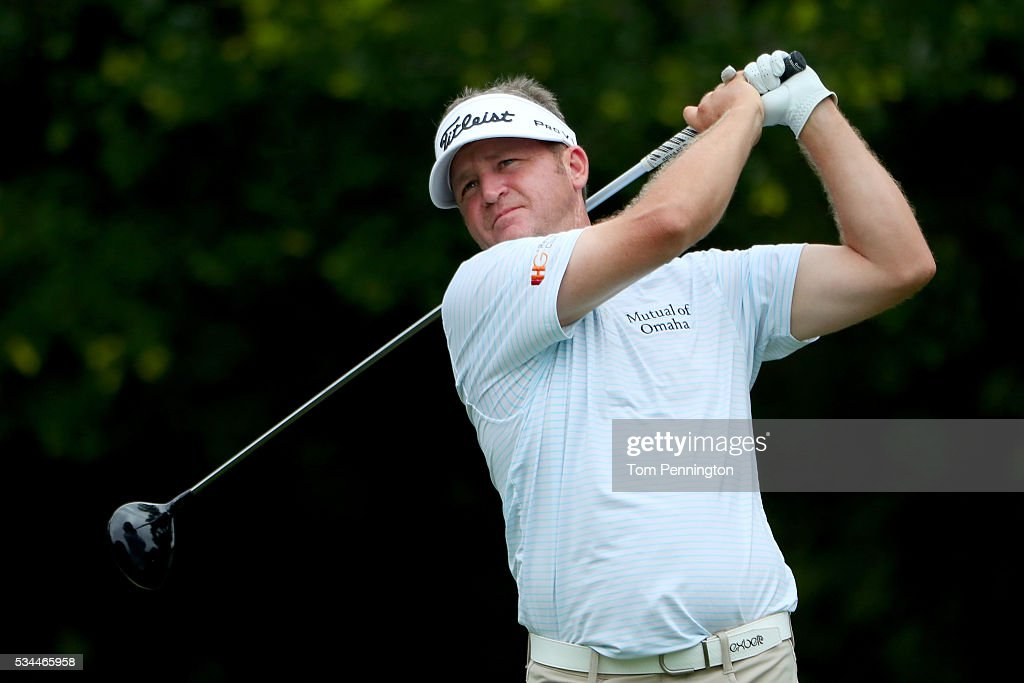 <a gi-track='captionPersonalityLinkClicked' href=/galleries/search?phrase=Jason+Bohn&family=editorial&specificpeople=588008 ng-click='$event.stopPropagation()'>Jason Bohn</a> plays his shot from the 12th tee during the First Round of the DEAN & DELUCA Invitational at Colonial Country Club on May 26, 2016 in Fort Worth, Texas.