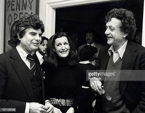 Jason Brady Jill Krementz and Kurt Vonnegut during Jason Brady Book Party January 22 1980 at Sherry Netherlande in New York City New York United...