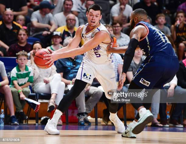 Jason Cadee of Sydney and Shannon Shorter of Adelaide during the round seven NBL match between Adelaide 36ers and the Sydney Kings at Titanium...