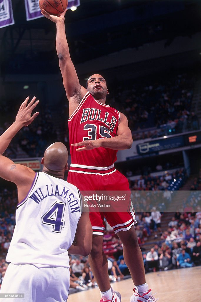Jason Caffey of the Chicago Bulls shoots the ball against the Sacramento Kings on February 1 1996 at Arco Arena in Sacramento California NOTE TO USER...