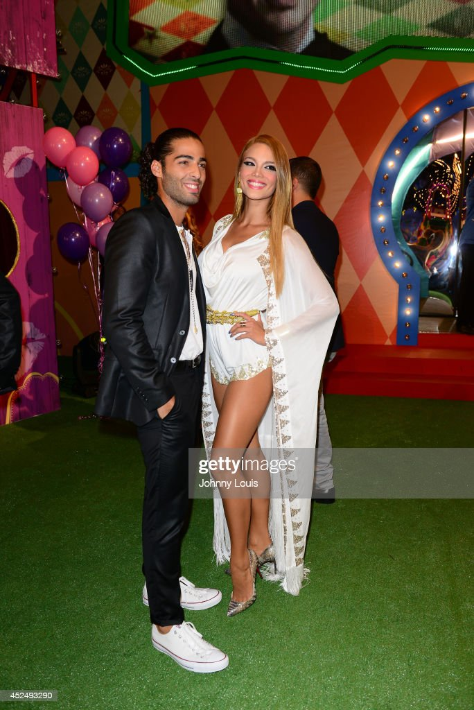 Jason Canela and <a gi-track='captionPersonalityLinkClicked' href=/galleries/search?phrase=Zuleyka+Rivera&family=editorial&specificpeople=3957995 ng-click='$event.stopPropagation()'>Zuleyka Rivera</a> attend the Premios Juventud 2014 Awards at Bank United Center on July 17, 2014 in Miami, Florida.