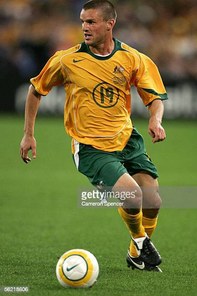 Jason Culina of the Socceroos in action during the second leg of the 2006 FIFA World Cup qualifying match between Australia and Uruguay at Telstra...