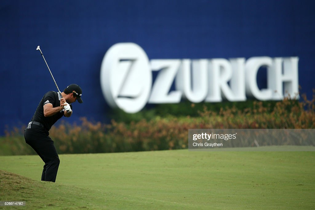 Jason Day of Australia hits his third shot on the 18th hole during the continuaiton of the second round of the Zurich Classic of New Orleans at TPC Louisiana on April 30, 2016 in Avondale, Louisiana.