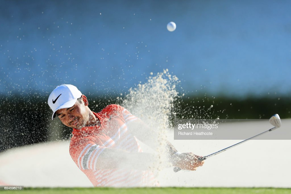 Jason Day of Australia plays a shot from a bunker on the 17th hole during the second round of the Arnold Palmer Invitational Presented By MasterCard at Bay Hill Club and Lodge on March 17, 2017 in Orlando, Florida.