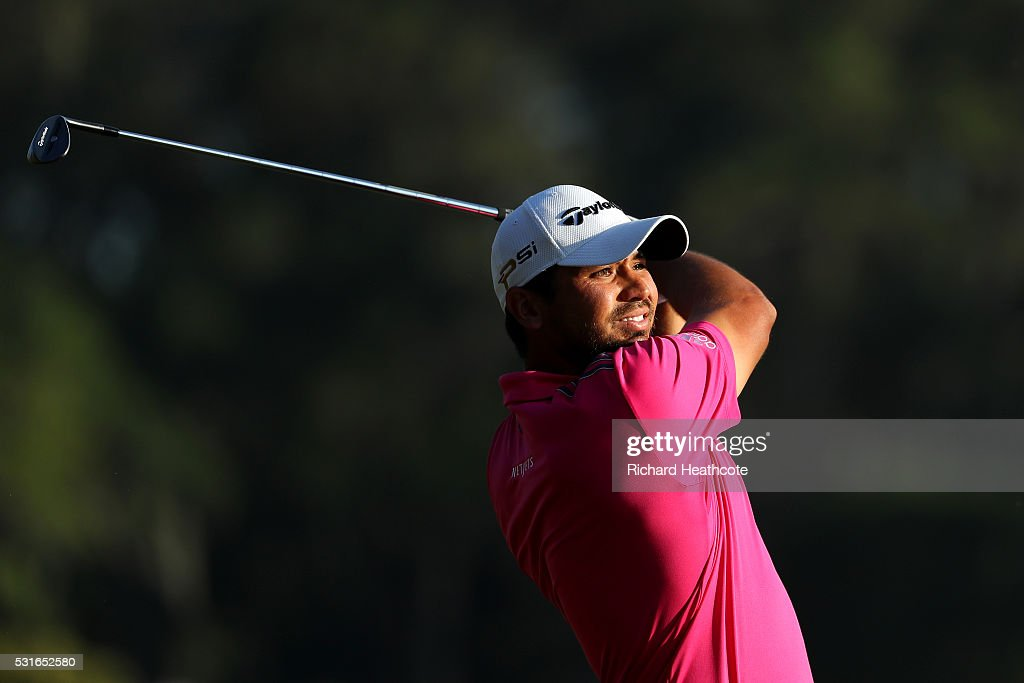 Jason Day of Australia plays a shot on the 18th hole during the final round of THE PLAYERS Championship at the Stadium course at TPC Sawgrass on May 15, 2016 in Ponte Vedra Beach, Florida.