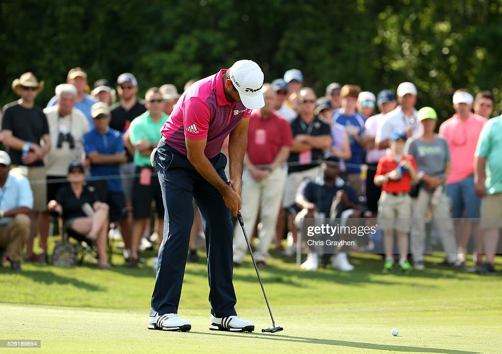 <a gi-track='captionPersonalityLinkClicked' href=/galleries/search?phrase=Jason+Day+-+Golfspieler&family=editorial&specificpeople=4534484 ng-click='$event.stopPropagation()'>Jason Day</a> of Australia putts on the first hole during the second round of the Zurich Classic of New Orleans at TPC Louisiana on April 29, 2016 in Avondale, Louisiana.