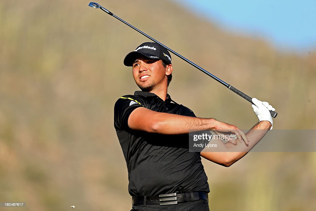 Jason Day of Australia watches his tee shot on the 16th hole during the quarterfinal round of the World Golf Championships - Accenture Match Play at the Golf Club at Dove Mountain on February 23, 2013 in Marana, Arizona.