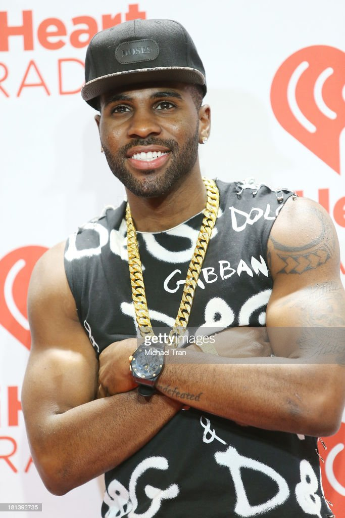 <a gi-track='captionPersonalityLinkClicked' href=/galleries/search?phrase=Jason+Derulo&family=editorial&specificpeople=5745869 ng-click='$event.stopPropagation()'>Jason Derulo</a> arrives at the iHeartRadio Music Festival - press room held at MGM Grand Arena on September 20, 2013 in Las Vegas, Nevada.