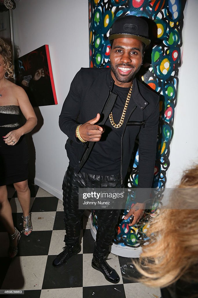 Jason Derulo attends Jordin Sparks & Jason Derulo Welcome to New York Red, White and Black Super Bowl Party at WIP on January 29, 2014 in New York City.