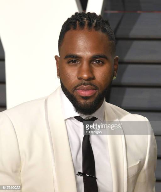 Jason Derulo attends the 2017 Vanity Fair Oscar Party hosted by Graydon Carter at Wallis Annenberg Center for the Performing Arts on February 26 2017...