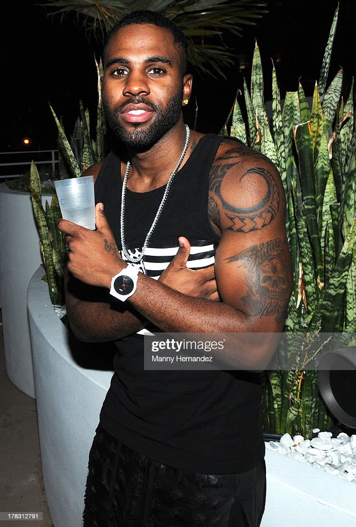 <a gi-track='captionPersonalityLinkClicked' href=/galleries/search?phrase=Jason+Derulo&family=editorial&specificpeople=5745869 ng-click='$event.stopPropagation()'>Jason Derulo</a> attends the CIROC Amaretto Launch Event at Dream Hotel South Beach on August 27, 2013 in Miami, Florida.