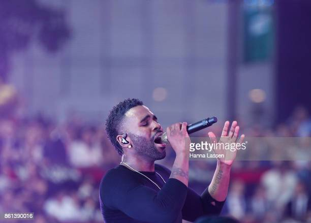 Jason Derulo performs at TAB Everest Day at Royal Randwick Racecourse on October 14 2017 in Sydney Australia