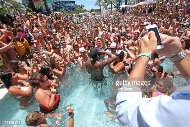 Jason Derulo performs at the iHeartRadio Ultimate Pool Party Presented by VISIT FLORIDA at Fontainebleau's BleauLive in Miami featuring live...