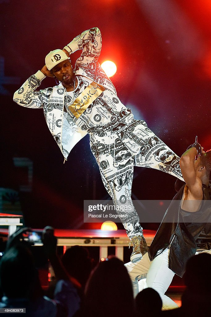 <a gi-track='captionPersonalityLinkClicked' href=/galleries/search?phrase=Jason+Derulo&family=editorial&specificpeople=5745869 ng-click='$event.stopPropagation()'>Jason Derulo</a> performs during the ceremony of the World Music Awards 2014 at Sporting Monte-Carlo on May 27, 2014 in Monte-Carlo, Monaco.