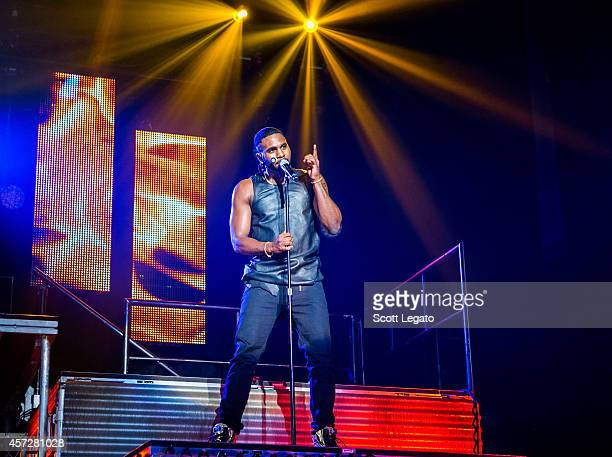 Jason Derulo performs for his Talk Dirty Tour opener at Royal Oak Music Theatre on October 15 2014 in Royal Oak Michigan