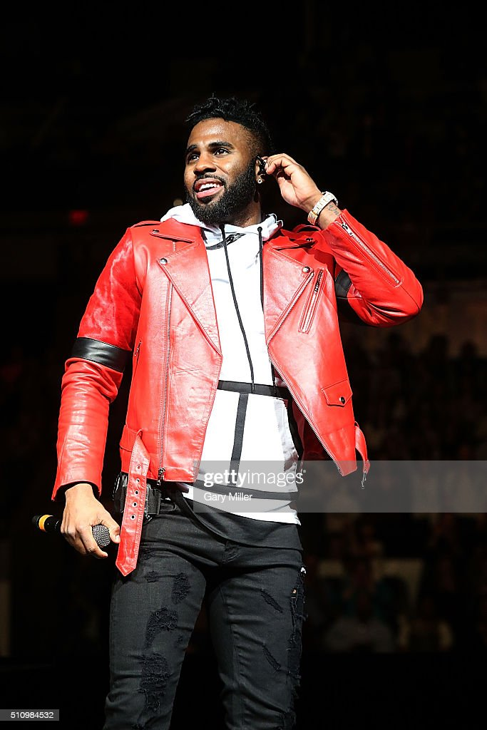 Jason Derulo performs in concert during the San Antonio Stock Show and Rodeo at the att Center on February 17 2016 in San Antonio Texas