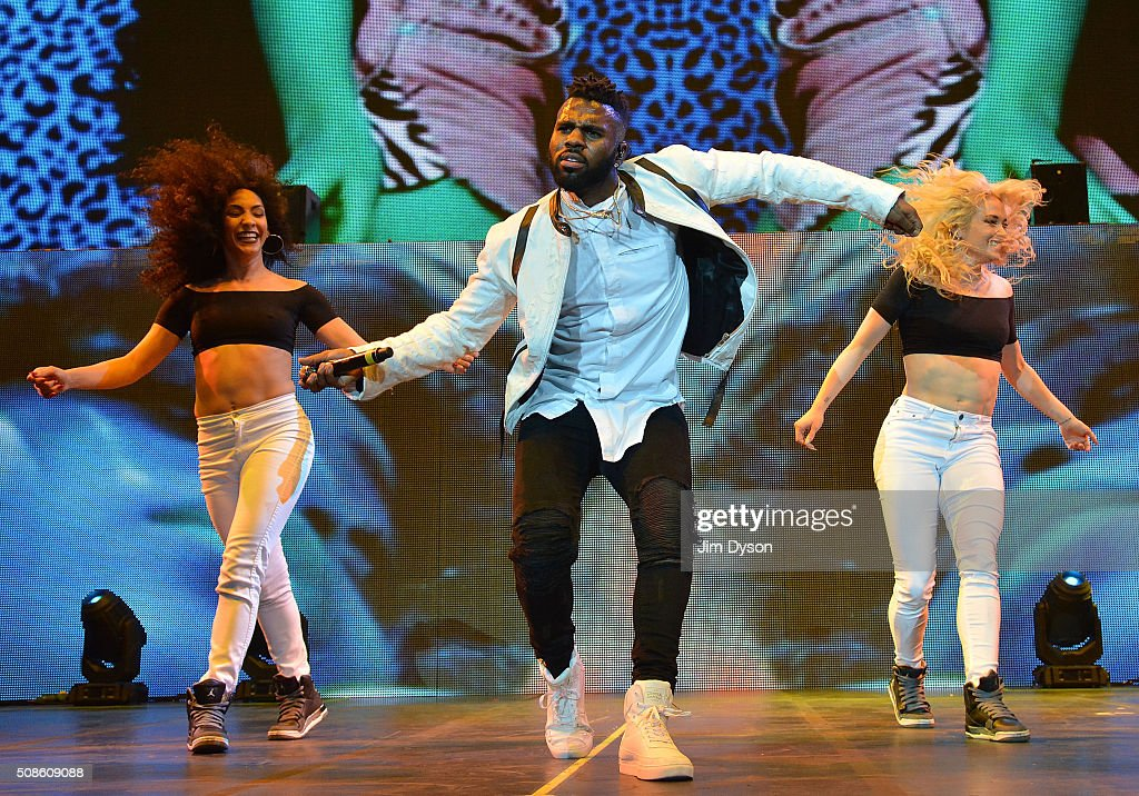 <a gi-track='captionPersonalityLinkClicked' href=/galleries/search?phrase=Jason+Derulo&family=editorial&specificpeople=5745869 ng-click='$event.stopPropagation()'>Jason Derulo</a> performs live on stage at the O2 Arena on February 5, 2016 in London, England.