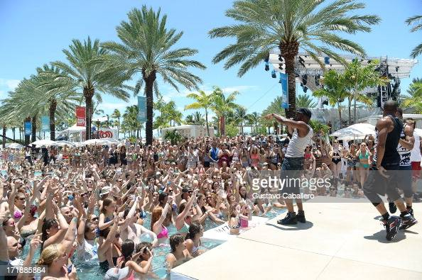 Jason Derulo performs onstage at the iHeartRadio Ultimate Pool Party Presented by VISIT FLORIDA at Fontainebleau's BleauLive in Miami featuring live...