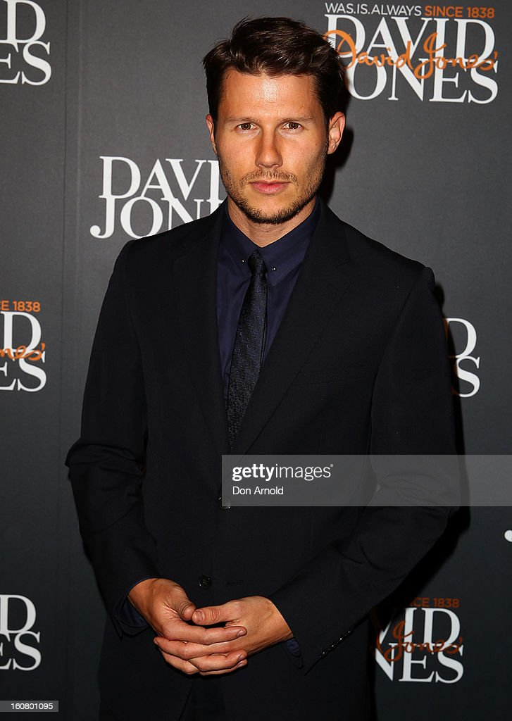 <a gi-track='captionPersonalityLinkClicked' href=/galleries/search?phrase=Jason+Dundas&family=editorial&specificpeople=578396 ng-click='$event.stopPropagation()'>Jason Dundas</a> arrives for the David Jones A/W 2013 Season Launch at David Jones Castlereagh Street on February 6, 2013 in Sydney, Australia.