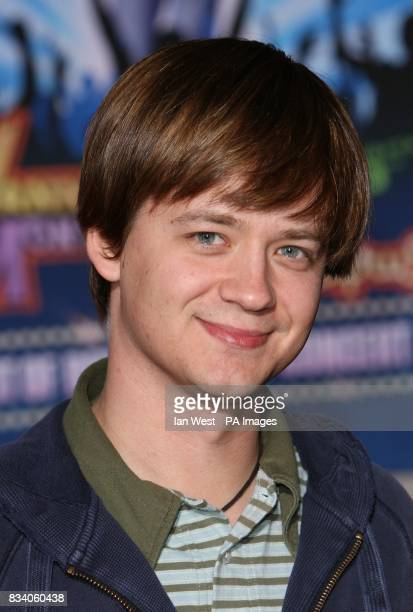 Jason Earles arrives at the premiere for new film Hannah Montana and Miley CyrusBest of Both Worlds Concert at the El Capitan Theatre Los Angeles
