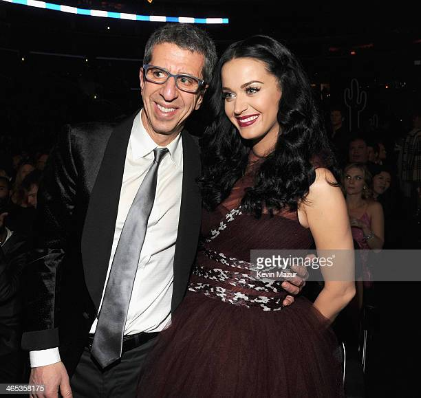 flom divorced singles Jason flom (born february 17 her debut single royals held number 1 the billboard hot 100 for 8 weeks, is the biggest alternative radio hit in history by a.