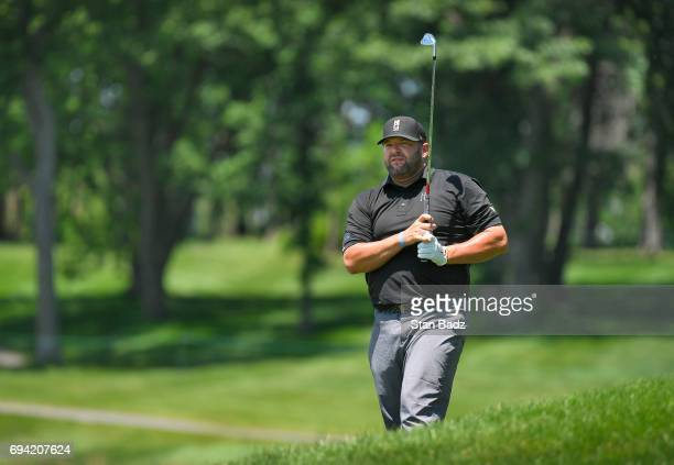 Jason Gore plays a shot on the 18th hole during the second round of the Webcom Tour RustOleum Championship at Ivanhoe Club on June 9 2017 in Ivanhoe...