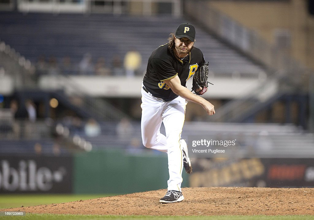 <a gi-track='captionPersonalityLinkClicked' href=/galleries/search?phrase=Jason+Grilli&family=editorial&specificpeople=615724 ng-click='$event.stopPropagation()'>Jason Grilli</a> #39 of the Pittsburgh Pirates against the Milwaukee Brewers at PNC Park on May 14, 2013 in Pittsburgh, Pennsylvania.